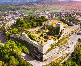 visita la castello di enna